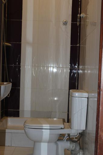 Family Palace Hotel, 'Abdin