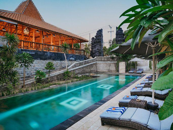 Tapa Bale Gede by Pramana, Klungkung