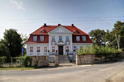 Palac w Badzowie, Polkowice