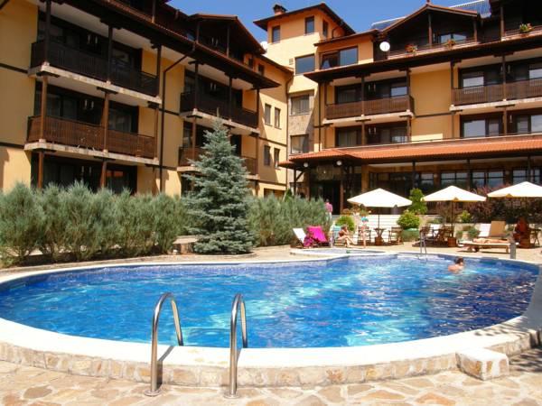 Hotel Center, Apriltsi