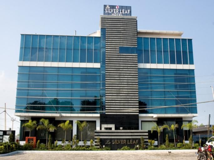 La Silver Leaf Hotel, Shahid Bhagat Singh Nagar