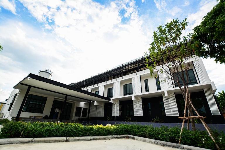 BY Hotel Kanchanaburi, Muang Kanchanaburi