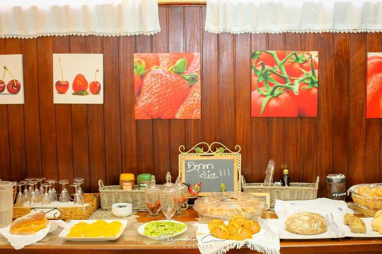 Guest House A Moderna & Restaurante, Nelas