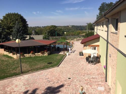Hotel Dvur, Mladá Boleslav
