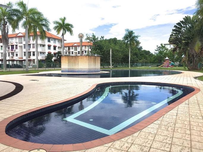 Summerbay Beach Resort Apartment, Papar