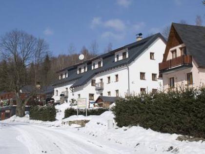 Horsky Hotel Snezenka, Šumperk