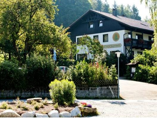 Landhotel Bayerwald, Deggendorf