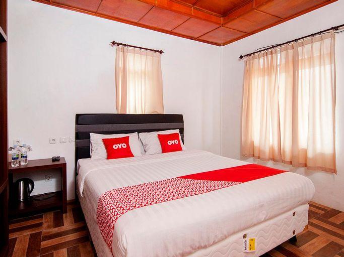 OYO 1812 Dg Inn, Samosir