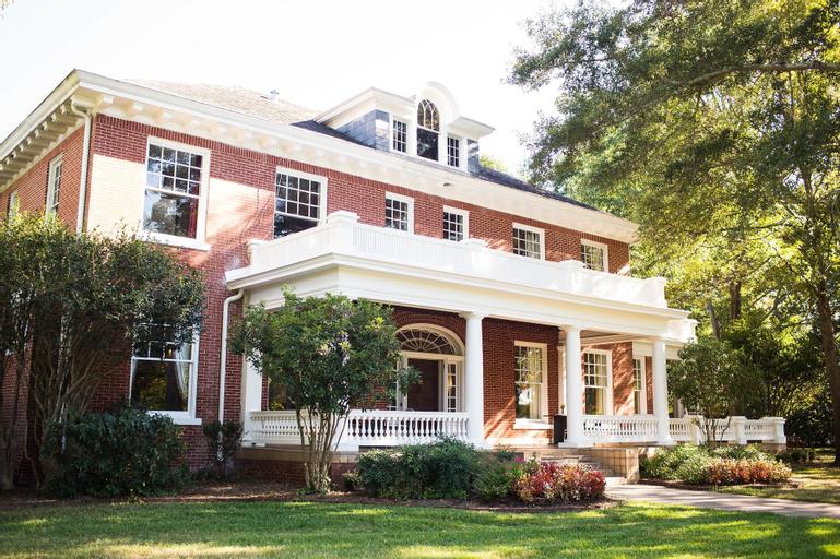 Grace Estate, Webster