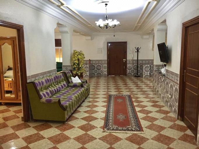 Family Villa With Parking, Tétouan
