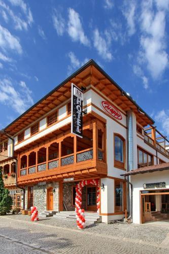 Hotel Happy, Đakovica
