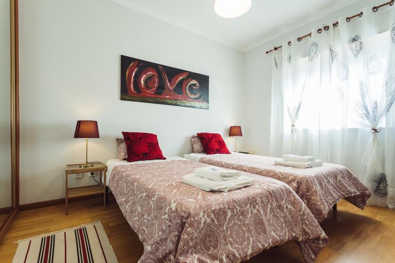 Best Houses 29 - Peniche Chakra House, Peniche