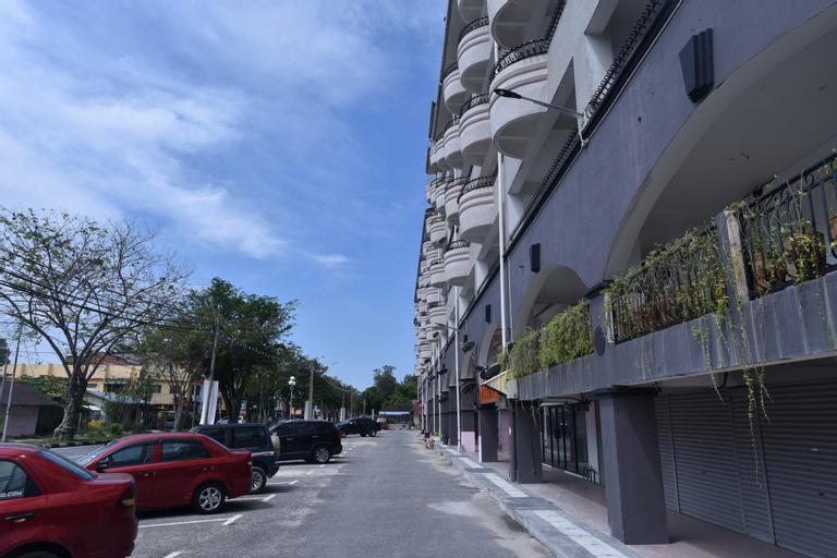 Lumut Waterfront Apartment, Manjung
