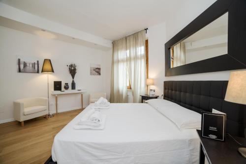 Alinari Boutique Apartments, Florence