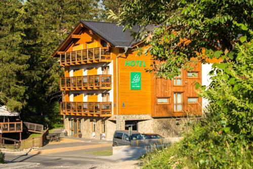 Hotel Trzy Sosny, Jelenia Góra