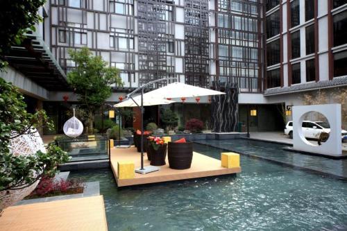 Oriental Xuanyi Holiday Hotel, Baoshan
