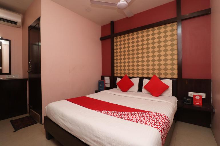 OYO 13214 Hotel Metro 7x11, Raipur