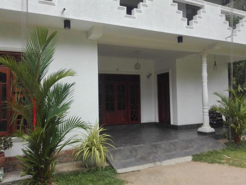 Shanthi Nikethanaya, Weerambugedara
