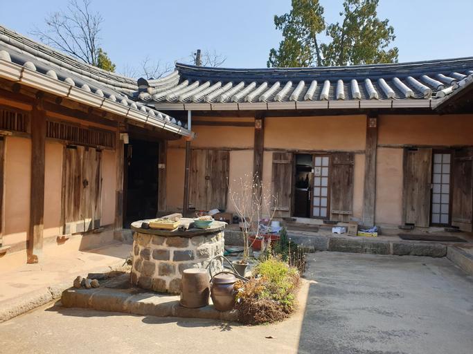 Gyeamgotaek, Seosan