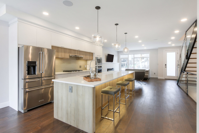 NEW LUXURY TOWNHOME 27, Division No. 11