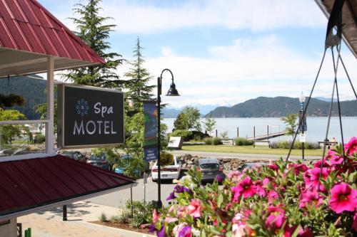 Harrison Hot Springs Resort and Spa, Fraser Valley