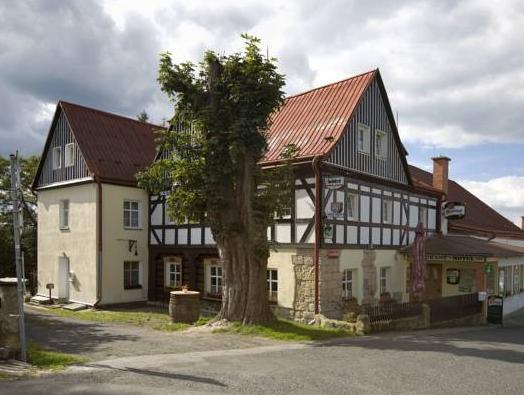 Hotel U Zeleneho Stromu, Děčín