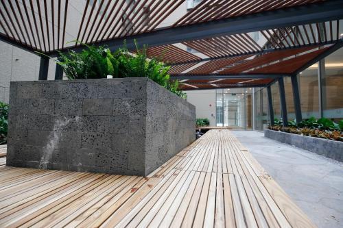 Luxurious 2BR Condo in Central-Masteri Millennium, Quận 4
