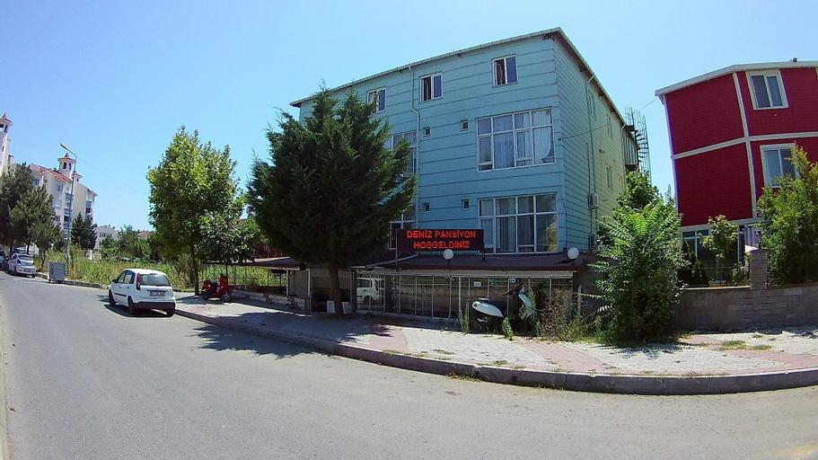 Deniz Apart Otel, Merkez