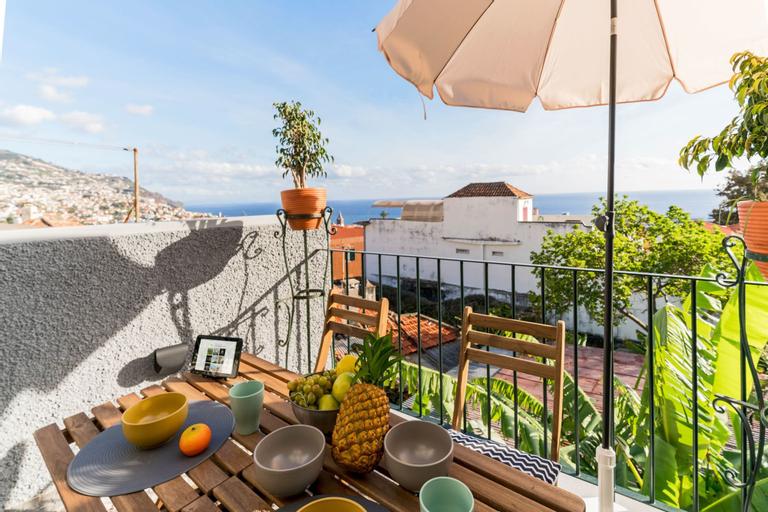 Arrifes I by An Island Apart, Funchal
