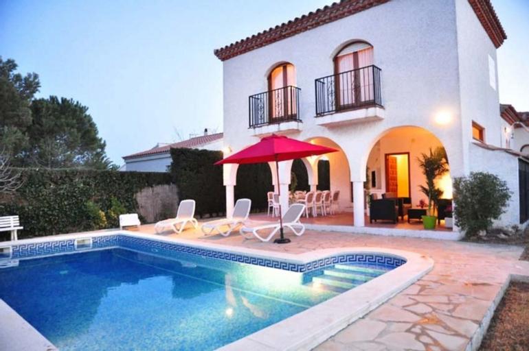 Villa Bonita Para 11 Personas en Ametlla de Mar, Tarragona