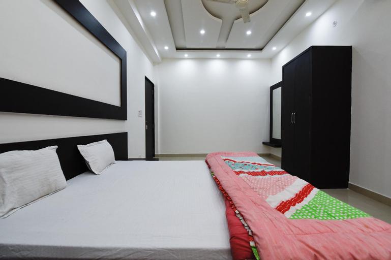 SPOT ON 40817 Mayur Resort, Ambedkar Nagar