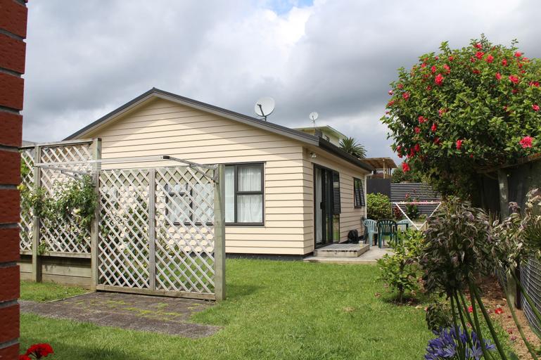 Our Beach House - Raglan West, Waikato