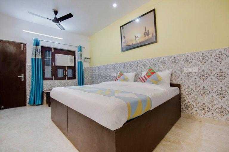 OYO 46835 Elegant Stay Sarita Vihar, West