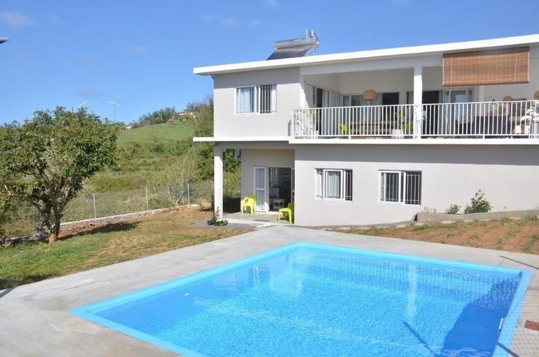 Villa Zourit Rodrigues Bungalow,