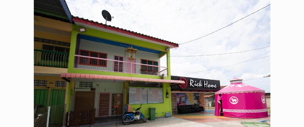 Rick Home Teluk Intan, Hilir Perak