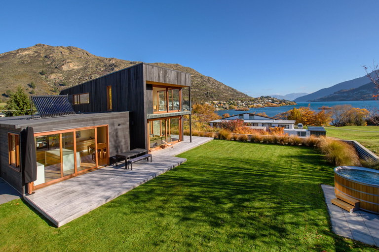 Boyes Holiday Retreat, Queenstown-Lakes