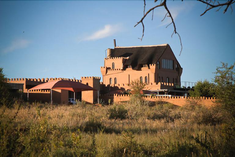 Sweet Thorn Retreat Airport Lodge, Windhoek Rural