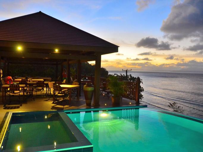 Treasure Cove Hotel and Restaurant,