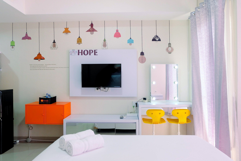 Simply White Studio The Oasis Apartment, Cikarang