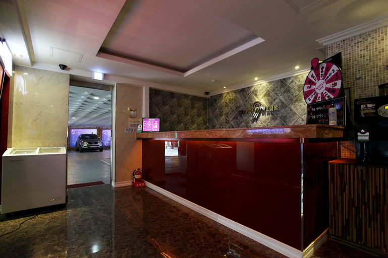 Nine Hotel, Gyeyang