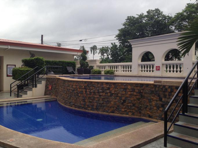 Subic Bay Travelers Hotel, Olongapo City