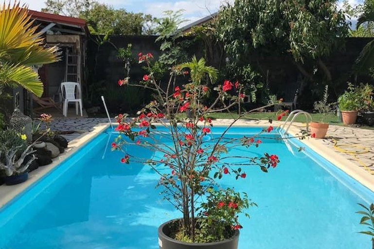 House With 2 Bedrooms in Bras-panon, With Shared Pool, Furnished Garden and Wifi, Bras-Panon