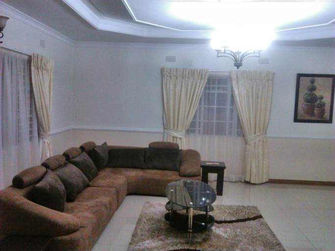 Home Up Guest House, Blantyre City