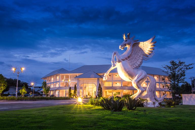 White House Hotel, Muang Tak