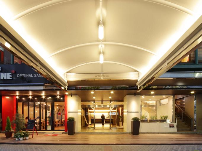 Nagoya Fushimi Montblanc Hotel, Nagoya