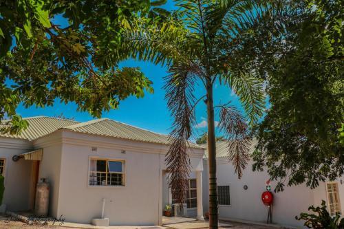 Beulah Court Vineyard Guest house, Chobe