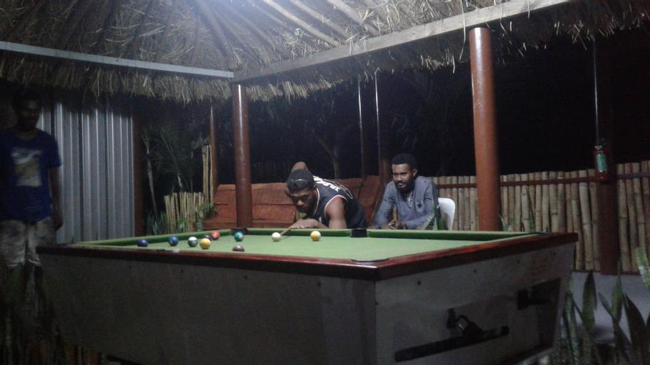 Outback Hotel Fiji, Ba