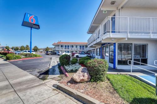 Motel 6 Vallejo - Six Flags West, Solano