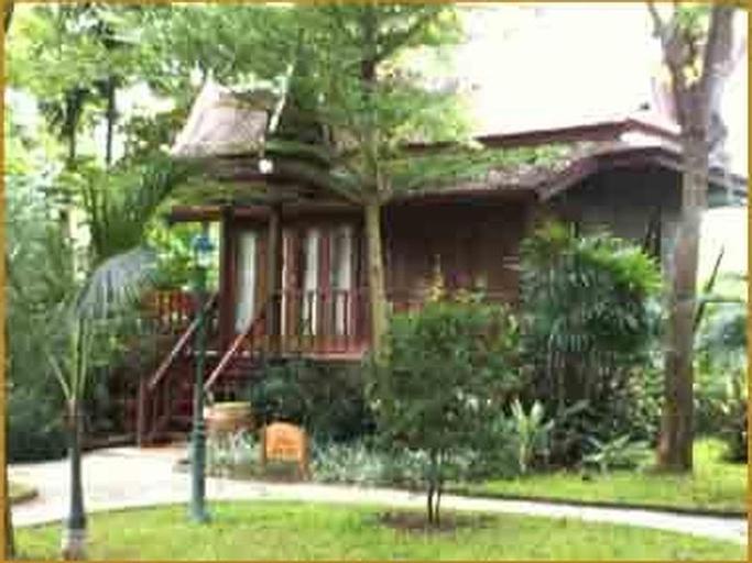 Petchvarin Resort, Tha Yang