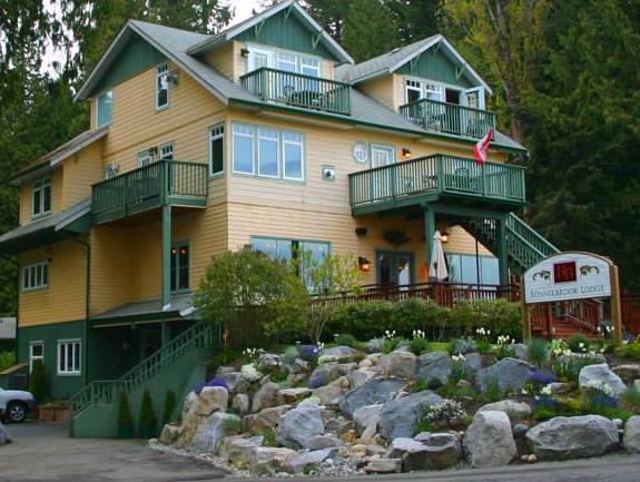 The Bonniebrook Lodge, Sunshine Coast